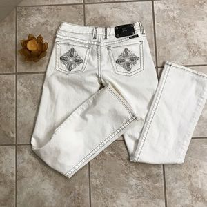 Missme white bootleg jeans . Size 28 oyster color